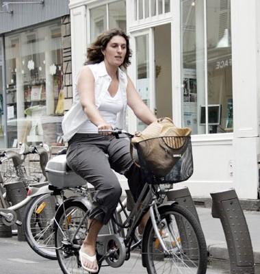 ปั่นจักรยานไฟฟ้า เพื่อสุขภาพ