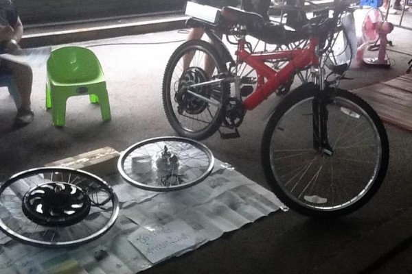 ตัวอย่างสินค้า ชุดคิทจักรยานไฟฟ้า จาก ebikr.com วันนี้ฉุกละหุกเล็กน้อยครับ