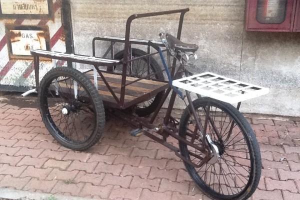 จักรยานสามล้อแบบไทยๆ