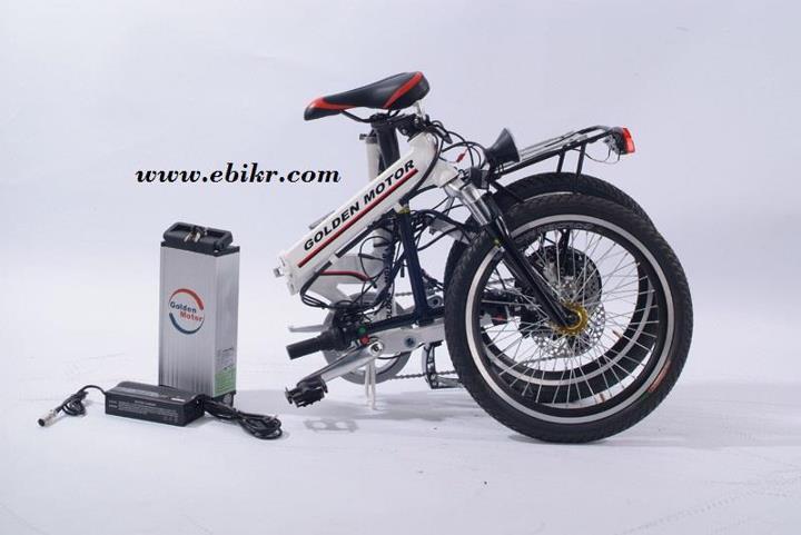 จักรยานไฟฟ้าพับได้ตอนพับเก็บและถอดแบต