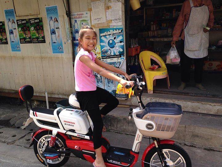 เด็กๆกับจักรยานไฟฟ้า