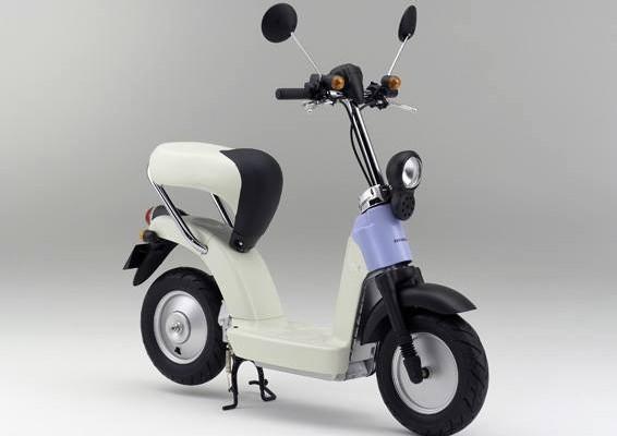 ต้นแบบจักรยานยนต์ไฟฟ้า Moped ของฮอนด้า