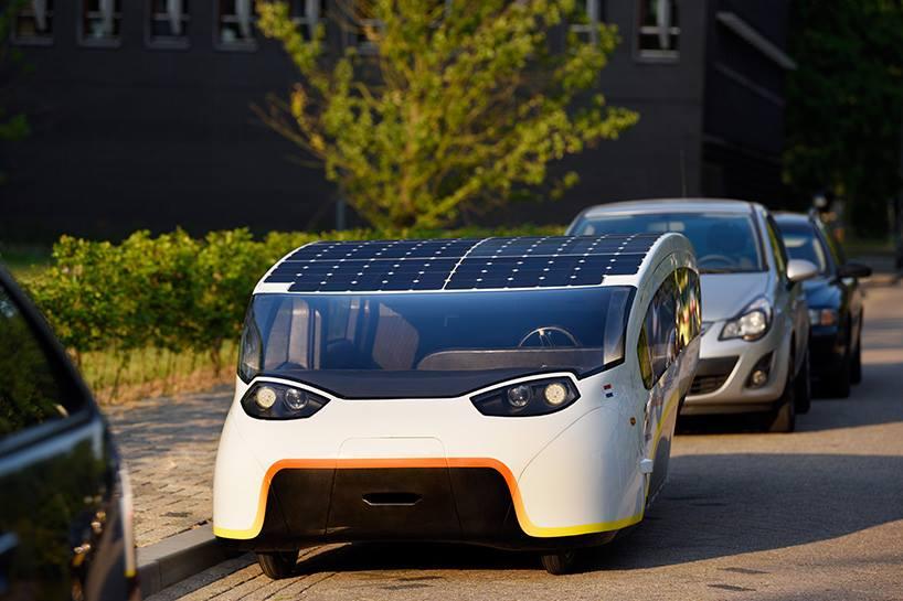 รถยนต์พลังงานแสงอาทิตย์สำหรับครอบครัว Stella Vie